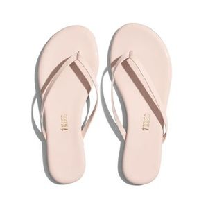 Tkees glossy flip flop in whipped cream